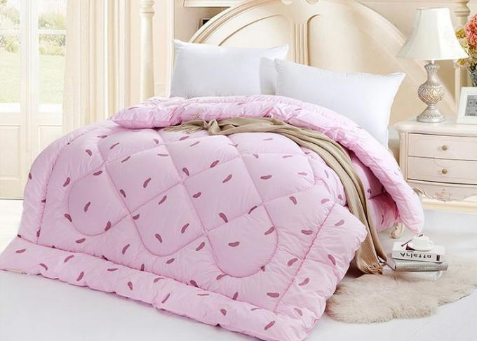 Warm Alternative Down Comforter , Machine Quilting Feather Down Comforter