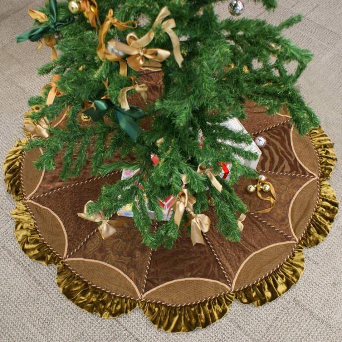 Customized Modern Christmas Tree Skirt Polyester Velvet
