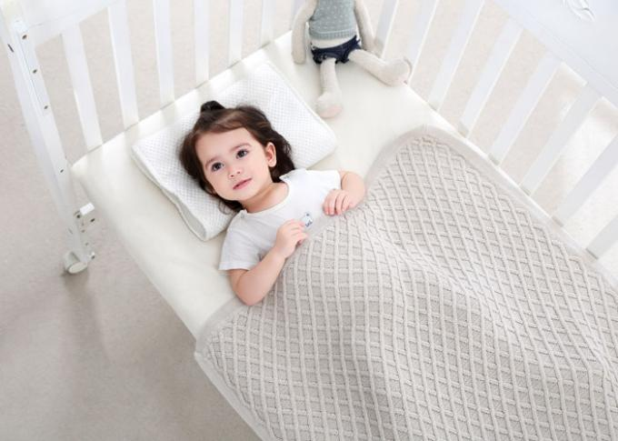 Knitted Personalized Cotton Baby Blankets , Customized Oblong Unique Baby Bedding Sets