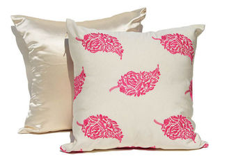 China Embroidered Decorative Cushion Covers 100% Cotton Couch Throw Pillows supplier