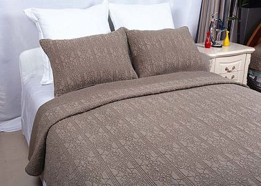 China 100% Linen Cotton Bedspreads And Coverlets Plain Dyed Geometric Embroidered supplier