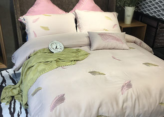 China Cotton Blending Embroidered Twin Bed Duvet Covers And Shams Size Customized supplier