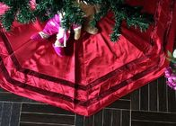 China Red Patchwork Christmas Tree Skirt Polyester / Velvet Material For Decorative factory